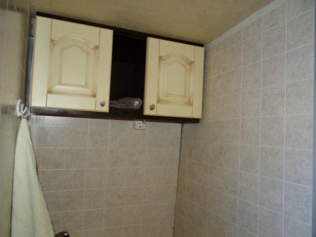 В первую очередь нужно выбрать место в туалете, для установки шкафчика