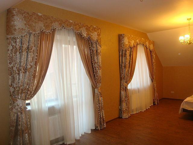 Элитные шторы для гостиной фото