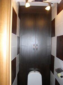 Шкафчик в туалете за унитазом своими руками