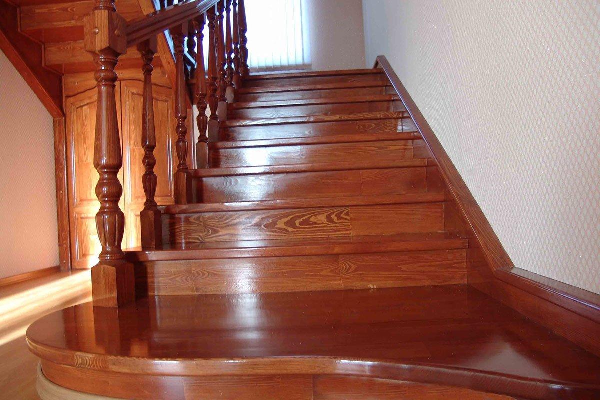 Картинки по запросу Деревянные лестницы: Преимущества