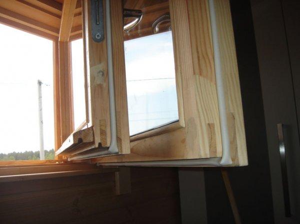 Как отремонтировать деревянные окна?