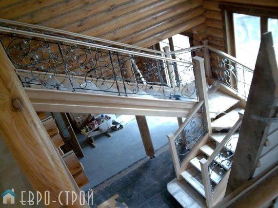 Деревянные лестницы всегда в моде
