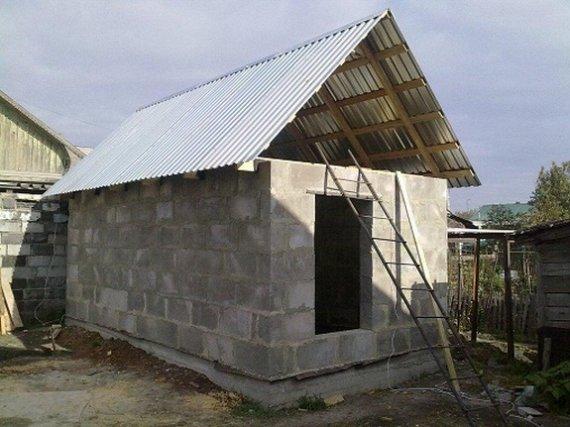 Как построить сарай из пеноблоков своими руками проекты