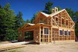С чего начать строить дом своими руками?