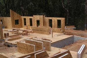Дом из СИП-панелей – пример высоких технологий в строительной индустрии.