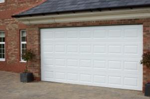 Как построить гараж на даче для своего автомобиля