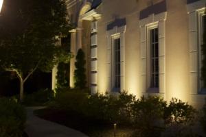 Подсветка фасадов зданий: хитрости светового декора
