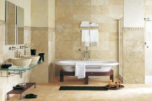Натуральные материалы для интерьера ванной комнаты