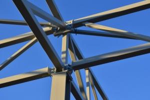 Установка металлоконструкций: беседки металлические, гаражи, ангары, кованые конструкции, фермы
