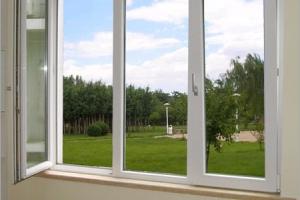 Окна из пластика или из дерева? Выбираем вместе