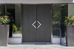 Металлические двери в СПБ