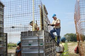 Монолитные работы - стены и перекрытия