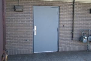 Советы читателей: стальные двери и смотровая канава.