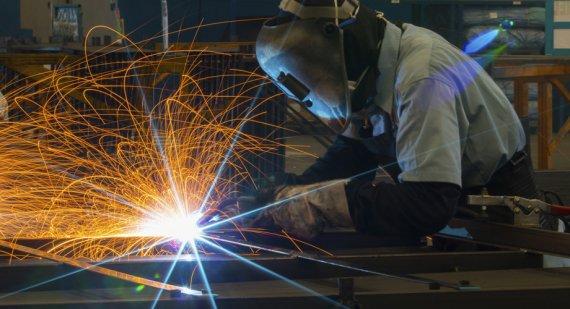 Что можно сварить из металла своими руками?