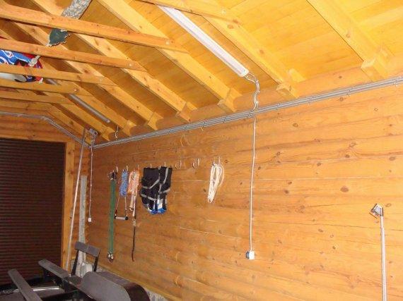 Проводка в деревянном доме какой провод выбрать