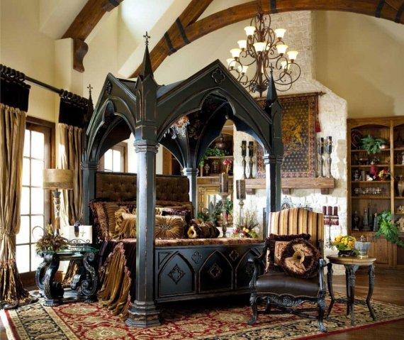 Какие материалы используются в готическом интерьере?