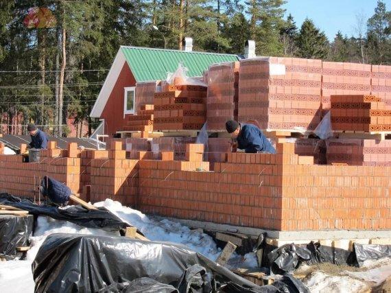 Преимущества кирпича в строительстве