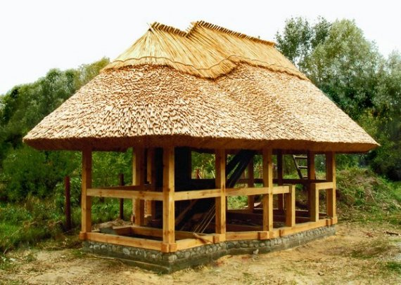Практическое применение крыш из камыша