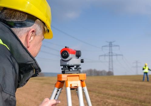 Для каких целей осуществляют топографическую съемку земельного участка?