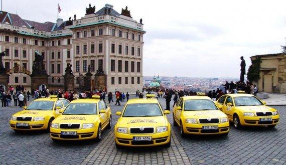 Каким образом можно вызвать такси в Праге?