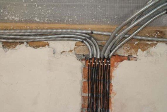 Как уберечь домашнюю проводку?