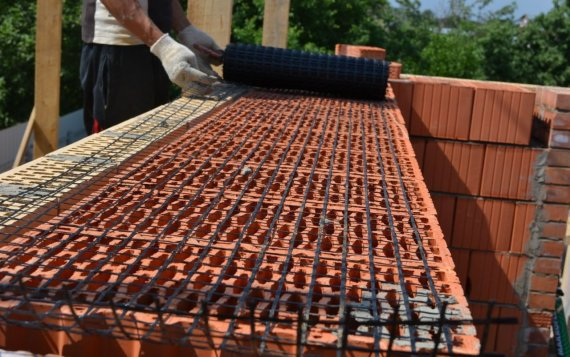 Область применения базальтовой дорожной сетки