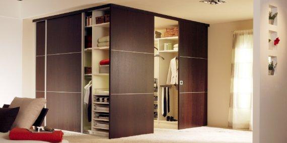 Как выбрать шкаф в квартиру?