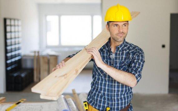 Как выбрать строительную компанию для ремонта квартиры?