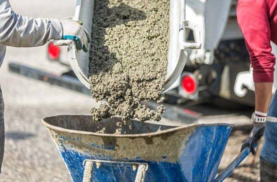 Для чего используются добавки для бетона?