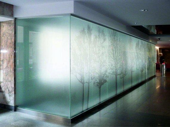 Изготовление перегородок из стекла