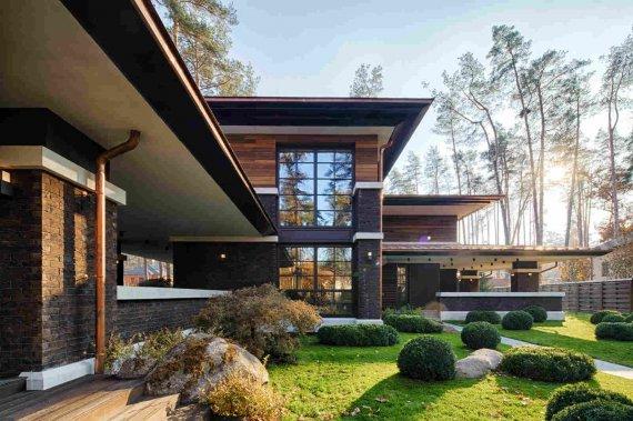 Дизайн фасада загородного дома: разнообразие стилистических направлений